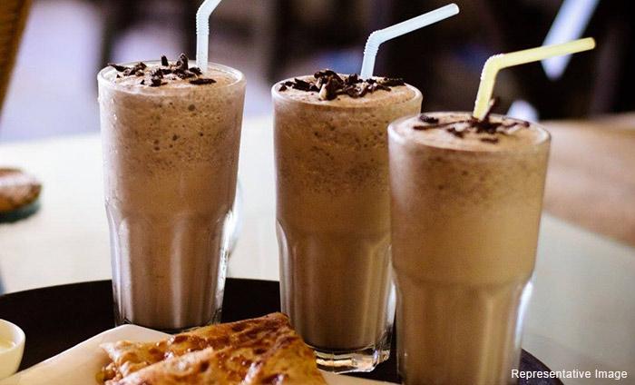 Tummytizer Cafe : Katwaria Sarai, Katwaria Sarai,New Delhi cover pic