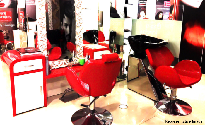 Bharti Taneja's Alps Beauty Lounge : South Extension, South Extension, New Delhi cover pic