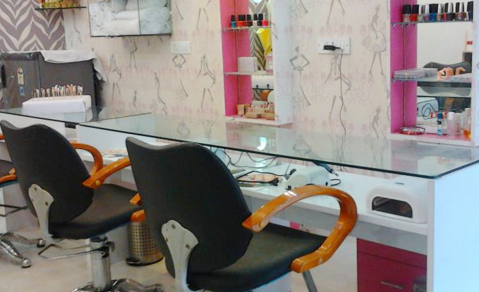 Tips N Toes Nail Lounge : Yusuf Sarai, Yusuf Sarai,New Delhi cover pic