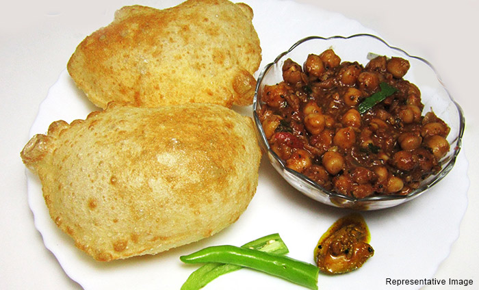 Radhey Krishna Cholay Bhature : Karkardooma, Karkardooma,New Delhi cover pic