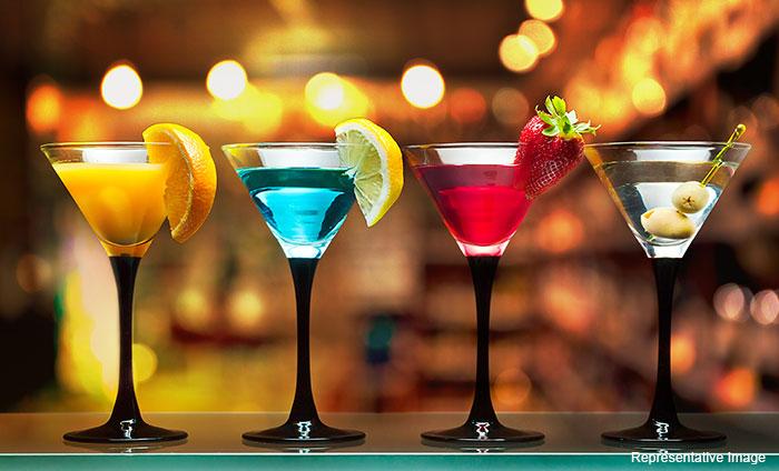 Aroma Rest O Bar, Karkardooma, Karkardooma logo