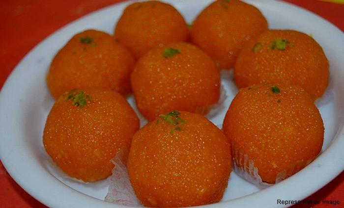 Maakhan Bhog Sweets And Snacks : Hauz Khas , Hauz Khas,New Delhi cover pic