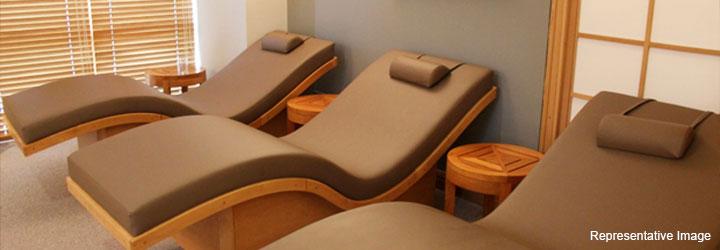 Full Body To Body Massage Parlour : Karol Bagh, Karol Bagh,New Delhi cover pic
